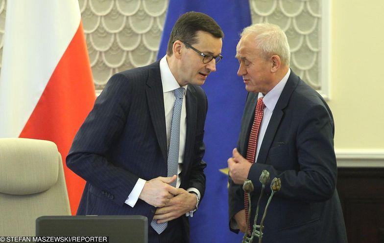 """Kolejny dowód na brak """"chemii"""" między Morawieckiem i Tchórzewskim"""
