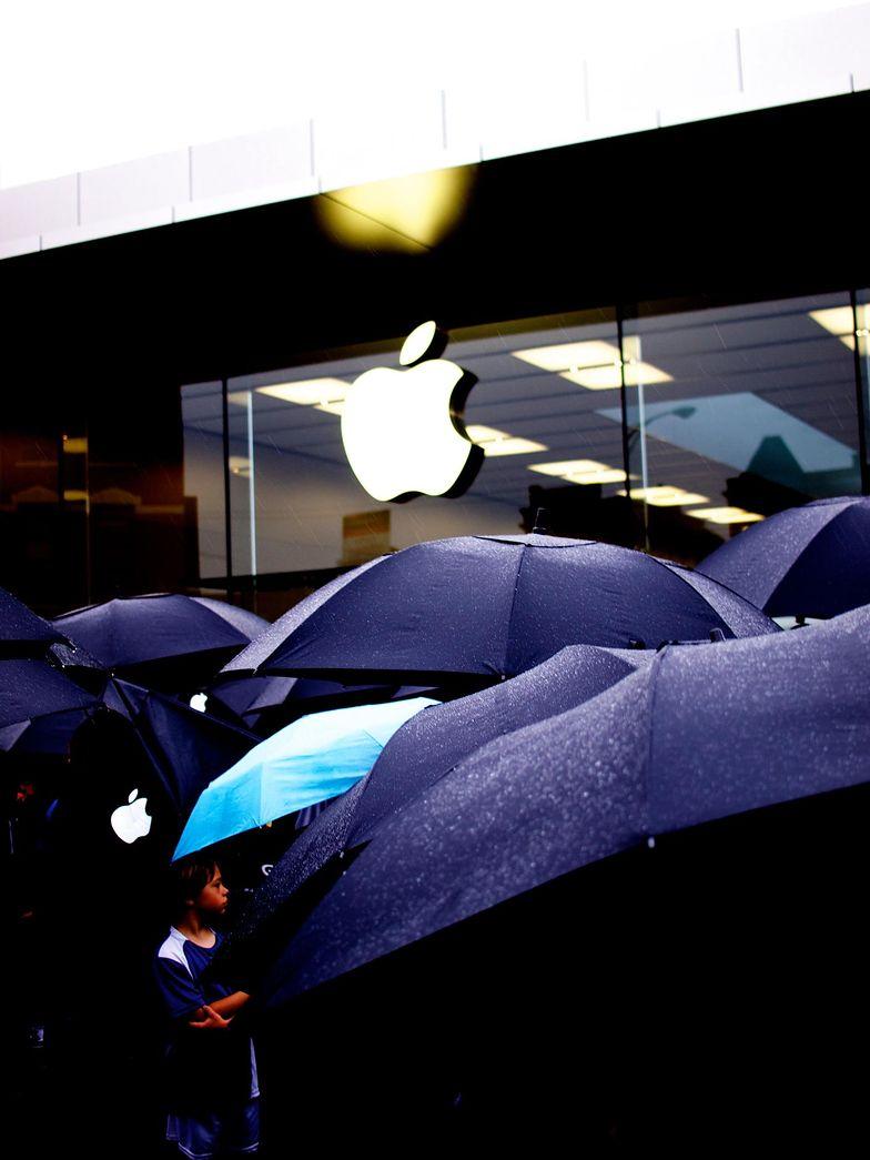 Logo Apple - firma za nim stojąca warta jest ponad bilion dolarów