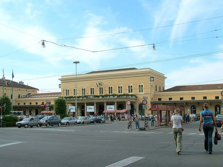 Dworzec kolejowy w Bolonii