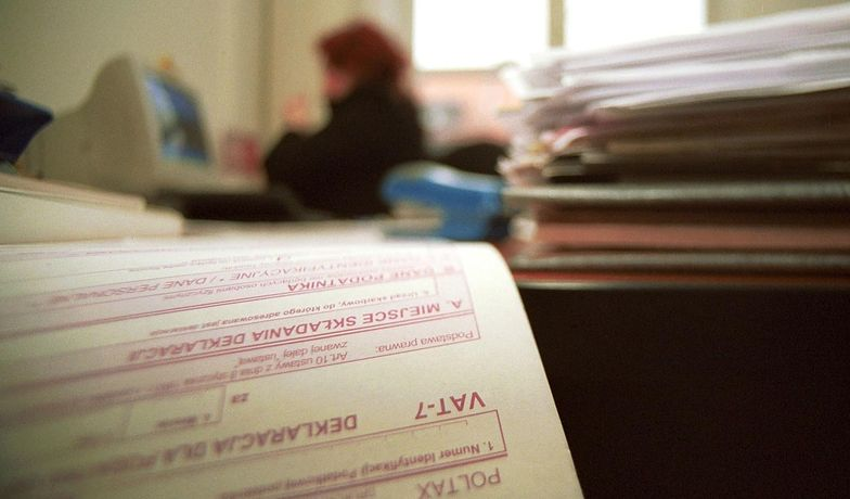 Walka o wyższe wpływy VAT sięgnęła kont bankowych