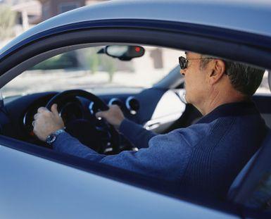 Grzywna dla właściciela auta za niewskazanie kierowcy zgodna z Konstytucją