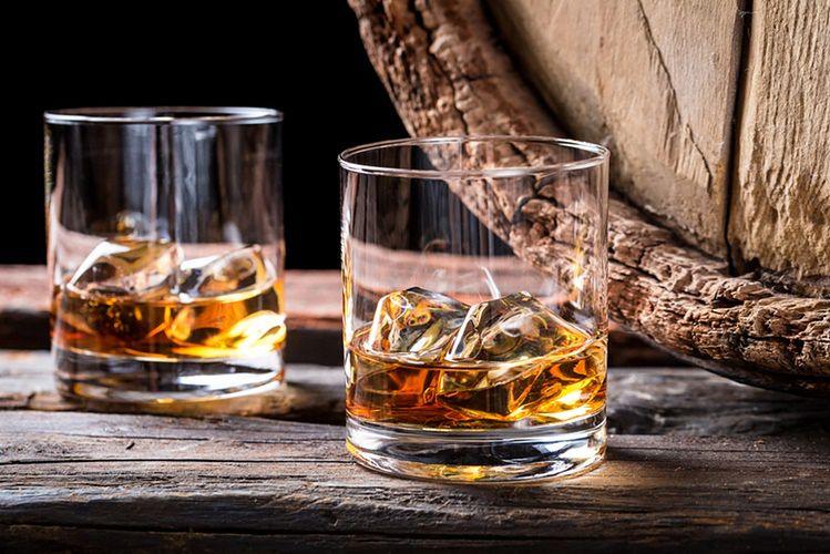 Polacy sięgają po trunki z wyższej półki. Import whisky single malt wzrósł