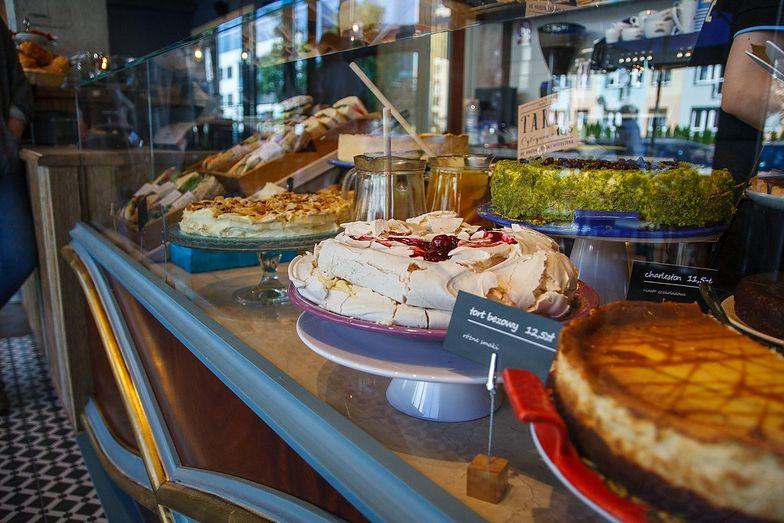 Klienci mogą ubiegać się o odszkodowania za zatrucie salmonellą w sieci Green Caffe Nero