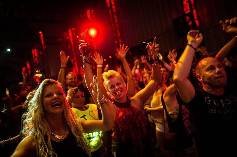 Bardziej od nas przywiązani do wolnych weekendów są młodzi tylko w dwóch europejskich krajach