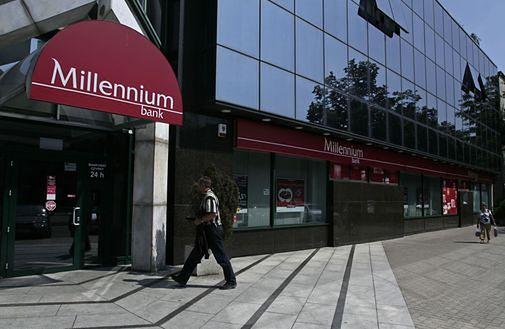 Kredyty we frankach: Kolejny pozew przeciw Bankowi Millennium. Klient żąda 100 tys. zł