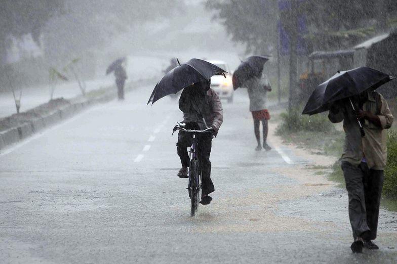 Cyklon Phailin zaatakował wschodnie wybrzeża Indii