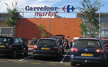 Cycki murzynki w Carrefourze. Nowy trend
