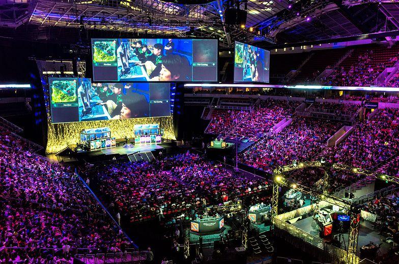 Jeden z turniejów Dota 2 International, rozgrywany w KeyArena w Seattle