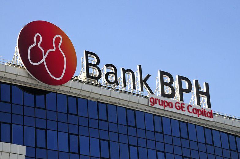 Bank BPH zarobił znacznie mniej niż przed rokiem. Stawia na kredyty gotówkowe