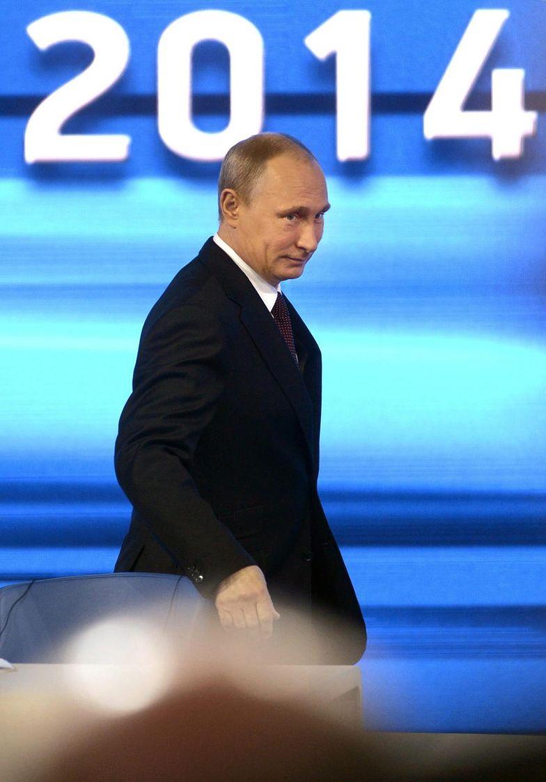 """Aneksja Krymu. Putin nagradza """"zielone ludziki"""""""