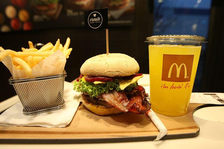 McDonald's wprowadza rewolucję technologiczną. Tracił miliony klientów przez kolejki