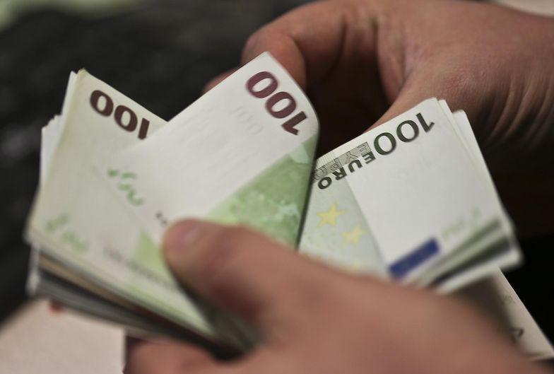 Pomoc de minimis może wynieść maksymalnie 200 000 euro w ciągu trzech lat
