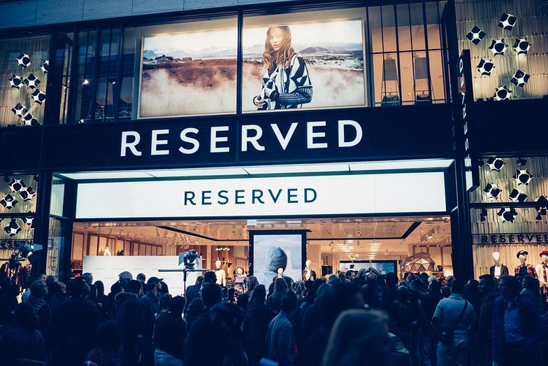 Gdzie zaopatrują się Reserved i CCC? Ubrania tańsze nie będą, bo Azjaci chcą więcej zarabiać