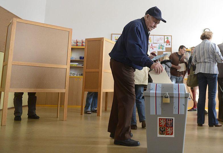 Wybory w Czechach. Socjaldemokraci prowadzą