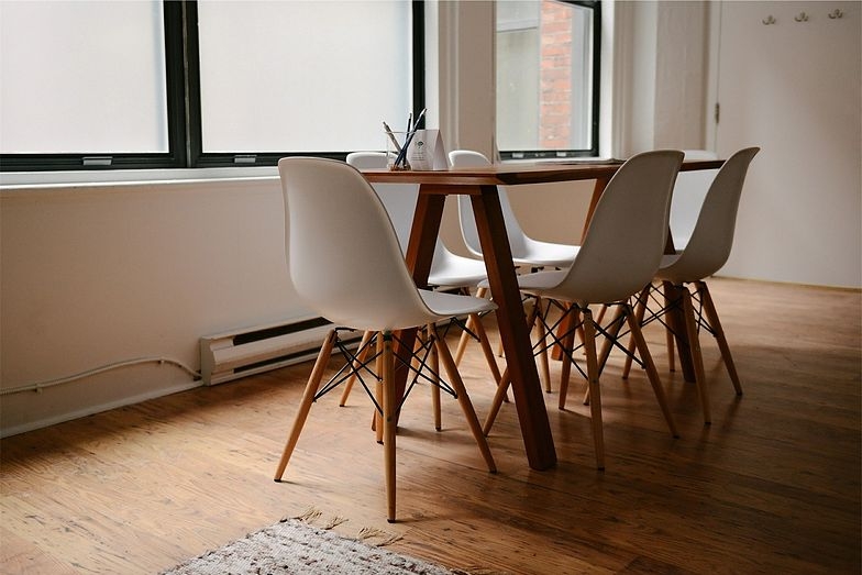 Wynajem mieszkania na wakacje wymaga podpisania umowy najmu krótkoterminowego