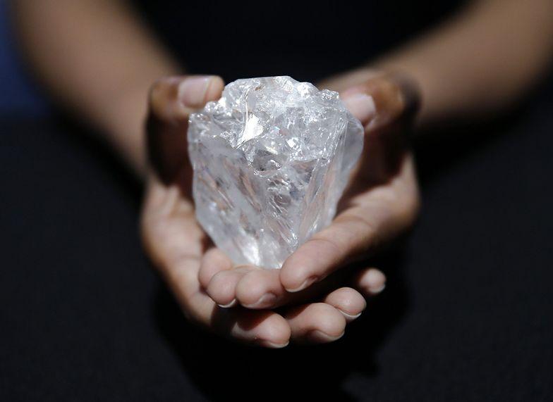 Rosyjska kolekcja diamentów idzie pod młotek. Wśród nich gigantyczny kamień