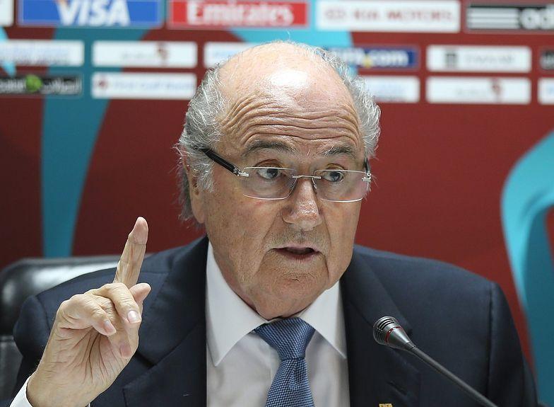 Blatter: Mundial 2022 powinien odbyć się jesienią