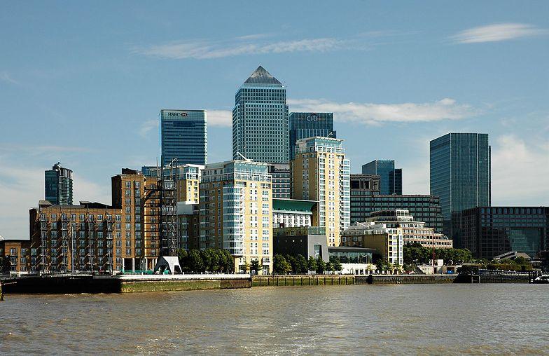 Chiny wbijają klin w brytyjsko-amerykański sojusz gospodarczy