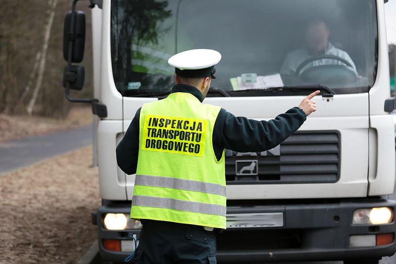 Kierowcy ciężarówek nie mają łatwego życia. W reakcji na działania policji zaczęli... protestować.
