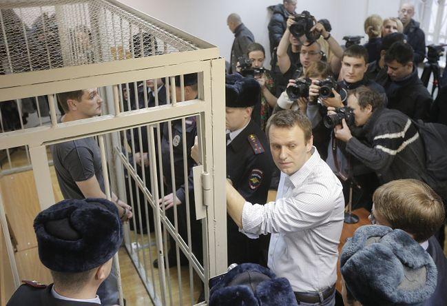 Adwokaci Nawalnego o absurdalnym wyroku