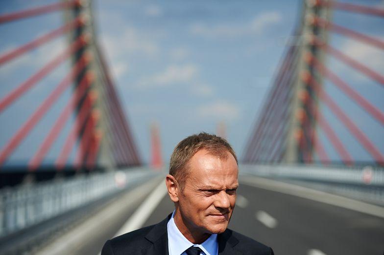 Wybory szefa PO. Donald Tusk rozmawia z działaczami