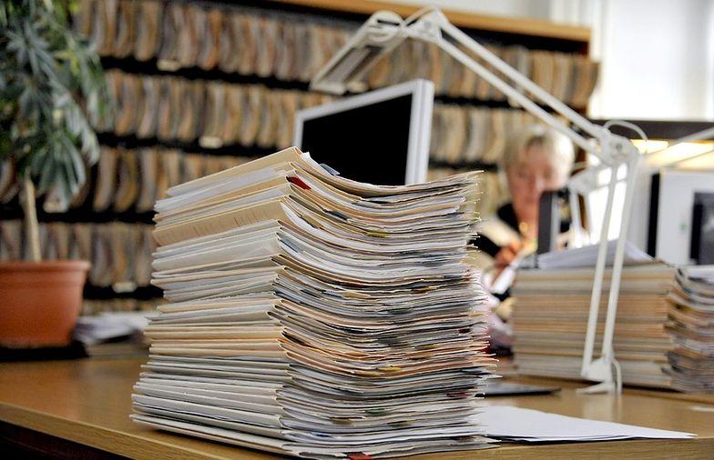Listę obcecności pracowników można prowadzić w formie papietowej lub elektronicznej