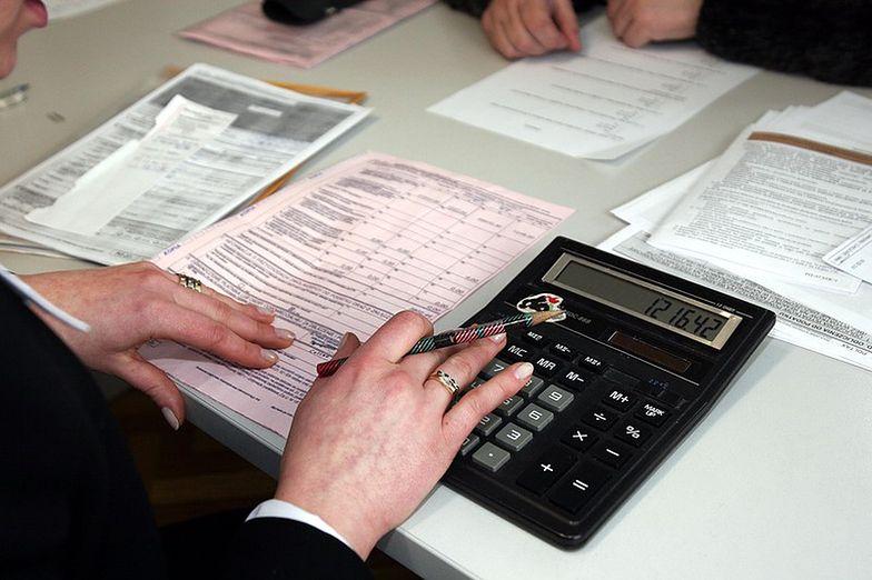 Odwrotne obciążenie VAT. Na czym polega?