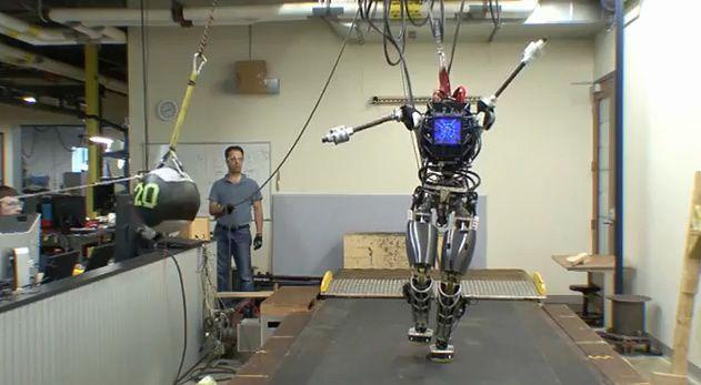 Technologie w biznesie. Jak i dlaczego maszyny zabiorą nam pracę?