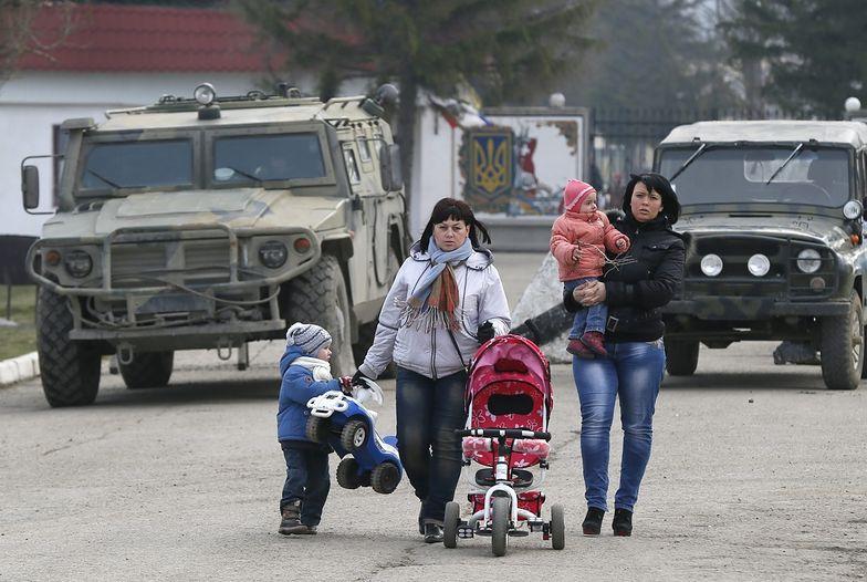 Na Krymie Rosjanie wyrzucają z domów nawet dzieci