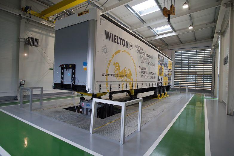 Wielton otworzy montownię w Afryce. Chce wykorzystać nowe przepisy i ulgi