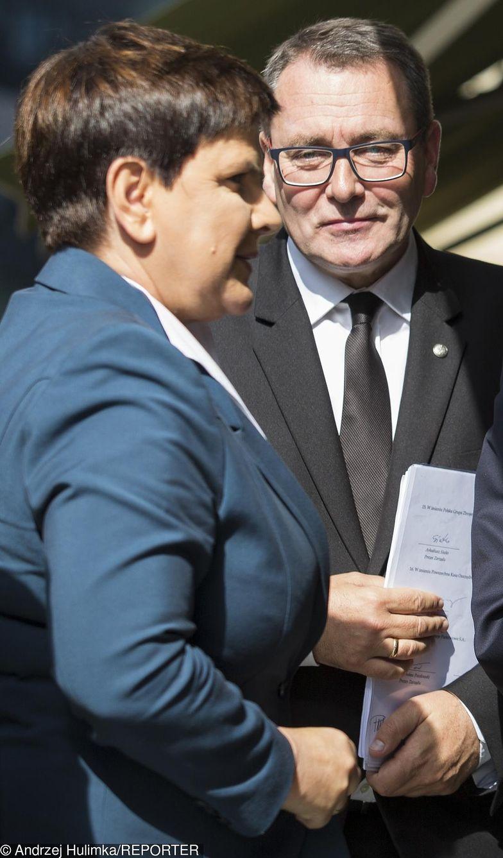 Beata Szydło i Cezary Andrzej Jurkiewicz, prezes Polskiej Fundacji Narodowej. PFN ma zapewnione finansowanie na 10 lat