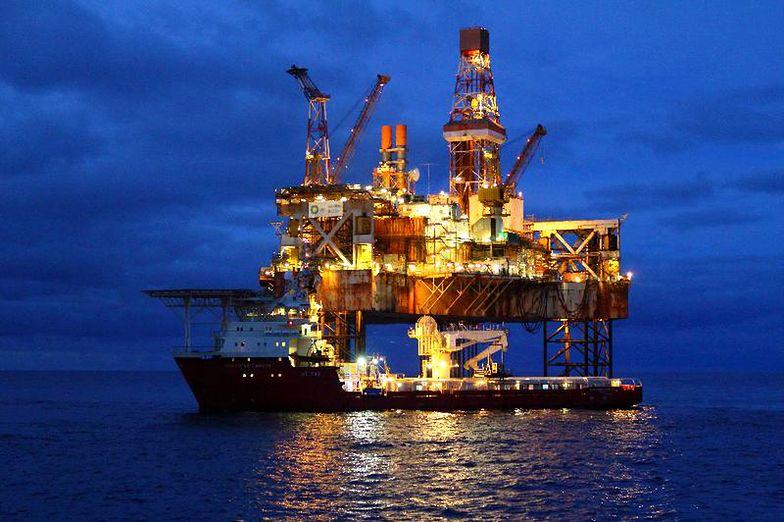 Ceny ropy. 10 dolarów za baryłkę ropy? To możliwe