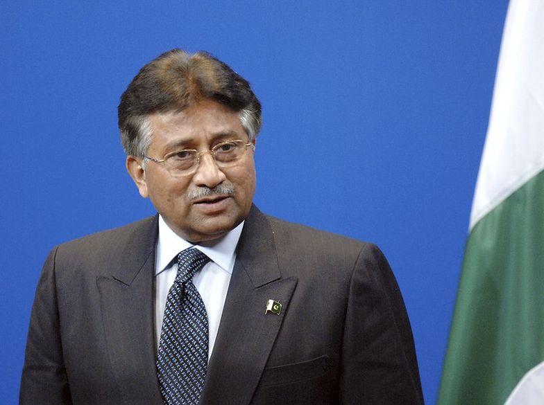 Prezydent Pervez Musharraf trafił do szpitala, zamiast do sądu