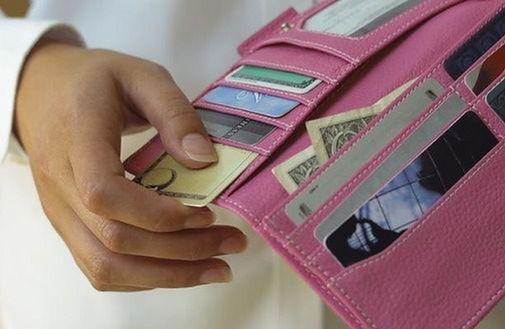 Polacy mają więcej w portfelach