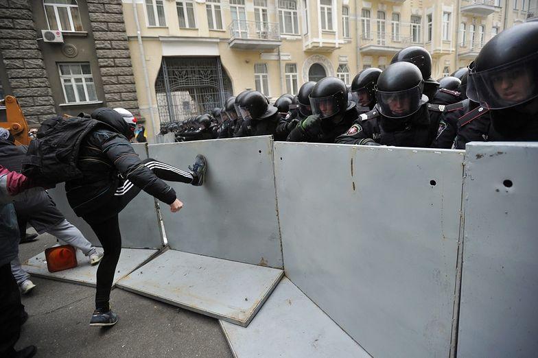 Protesty na Ukrainie. Kolejny alarm bombowy w kijowskim metrze
