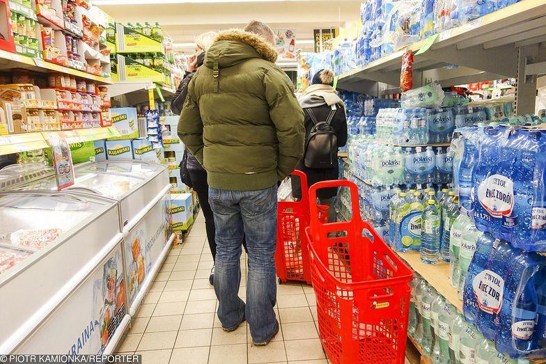 Polacy wolą zakupy w towarzystwie. Tylko 20 proc. par wybiera się do sklepu oddzielnie