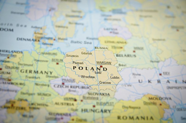 """Zmuszą Polskę do przyjęcia euro? Cezary Mech: """"Polska będzie poddawana bardzo silnej presji"""""""