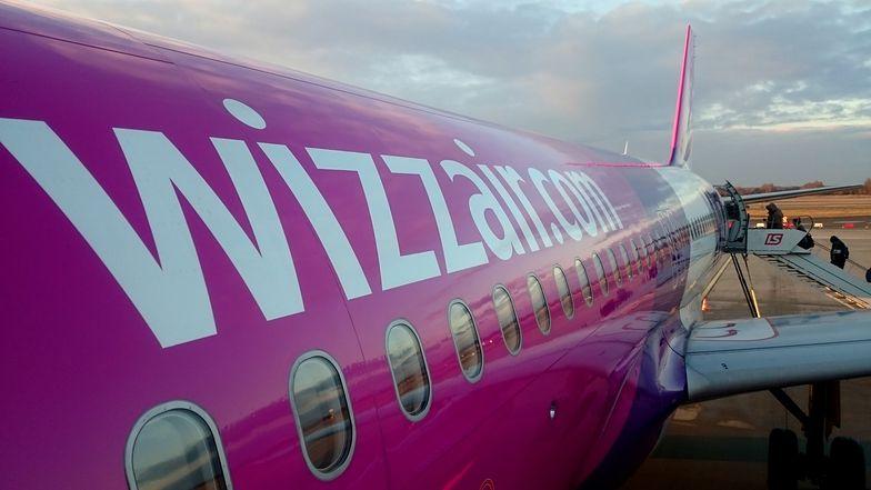 Pasażerowie WizzAir'a mogą wziąć duży bagaż na pokład tylko za dodatkową opłatą.
