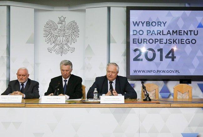 Wybory samorządowe 2014. PKW: Członkowie Komisji nie otrzymują żadnych premii czy nagród