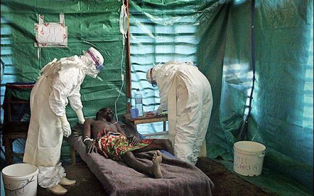 Epidemia eboli. Zmarł liberyjski lekarz, ekspert WHO zarażony