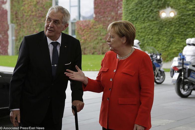 Kanclerz Niemiec Angela Merkel wita w Berlinie prezydenta Czech