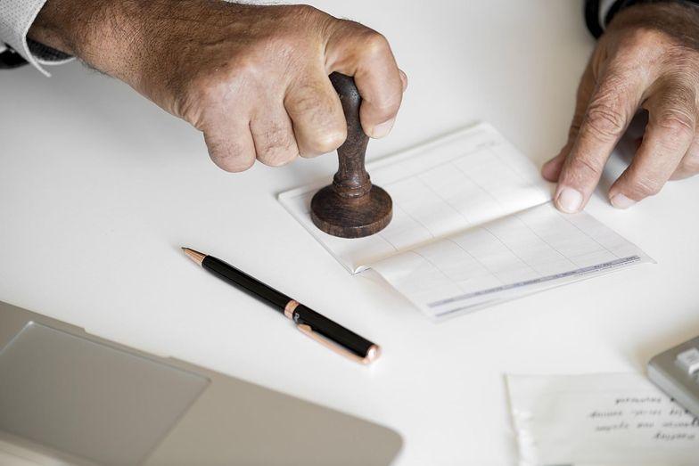 Warto mieć świadomość, że proces karny i procedura karna nie są pojęciami tożsamymi