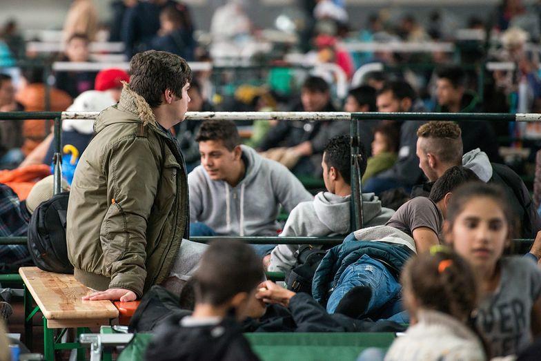 Kryzys migracyjny. Kopacz: 8 milionów złotych na pomoc uchodźcom