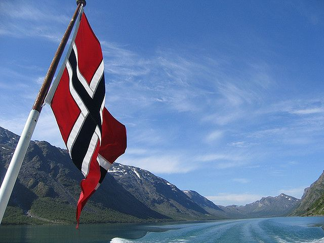 Wybory w Norwegii. Centroprawica wygrywa