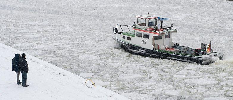 Żegluga na Dunaju sparaliżowana przez lód