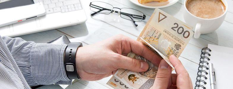 Ponad 2,5 mld zł od początku roku wydali Polacy na obligacje skarbowe. Ile można na nich zarobić?