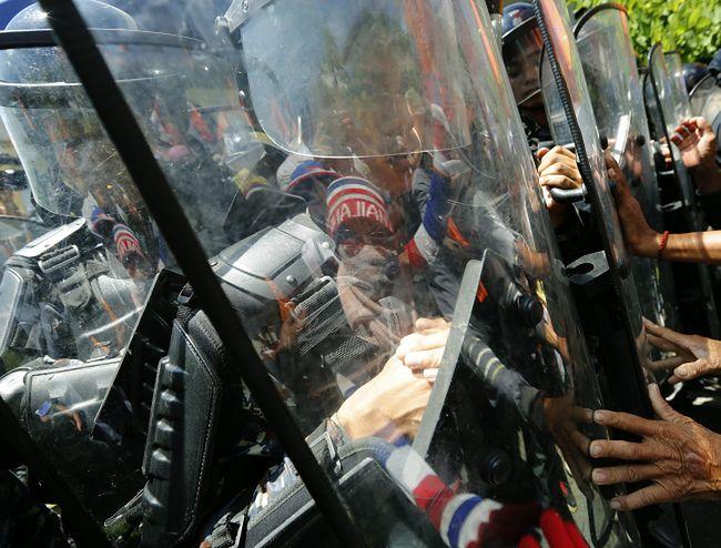Antyrządowe protesty w Tajlandii. Kolejne ofiary