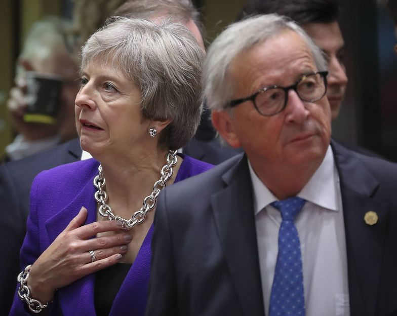 Theresa May walczy o gwarancje dla Wlk. Bryt. Szef KE: nie ma mowy
