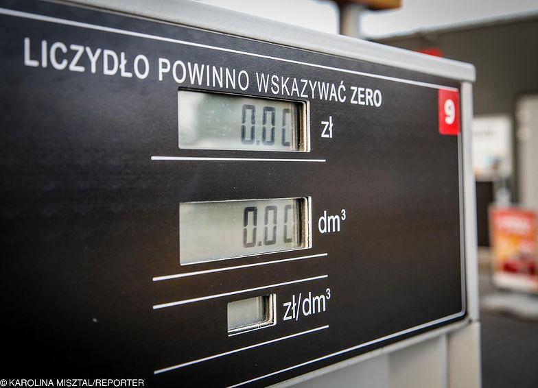 Liczydło na dystrybutorach może wkrótce wskazywać o osiem groszy na litrze więcej niż obecnie