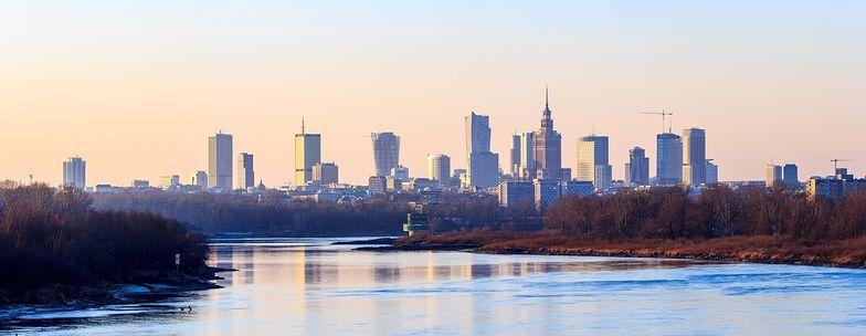 """Już teraz Warszawa należy do """"najwyższych"""" miast w Europie. A nowe drapacze wciąż się budują"""